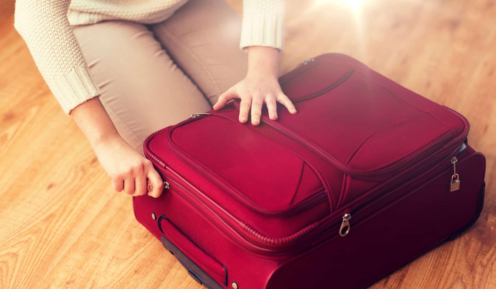 smörja blixtlåset på din resväska