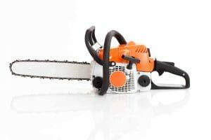 Hur man rengör en motorsåg: Bry dig om och underhåll din motorsåg