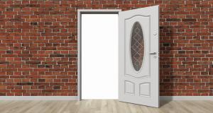 Fem steg för att fixa en gnisslande dörr