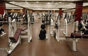 Smörjer växlarna på träningscyklar